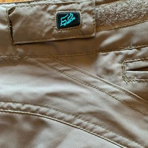 "Fox Shorts - Fox Racing Womens Large 12.5"" Townie Shorts"